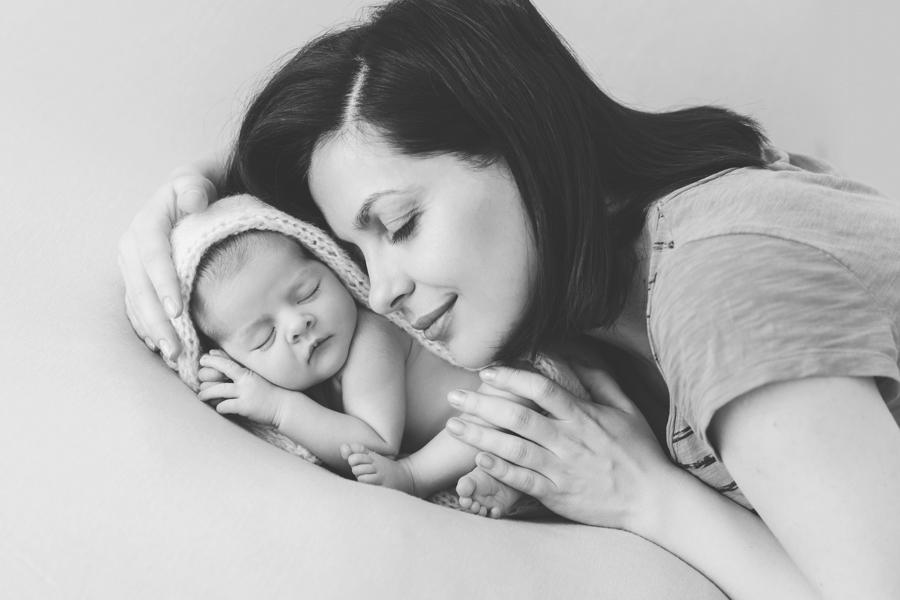 bebeluș cu mama
